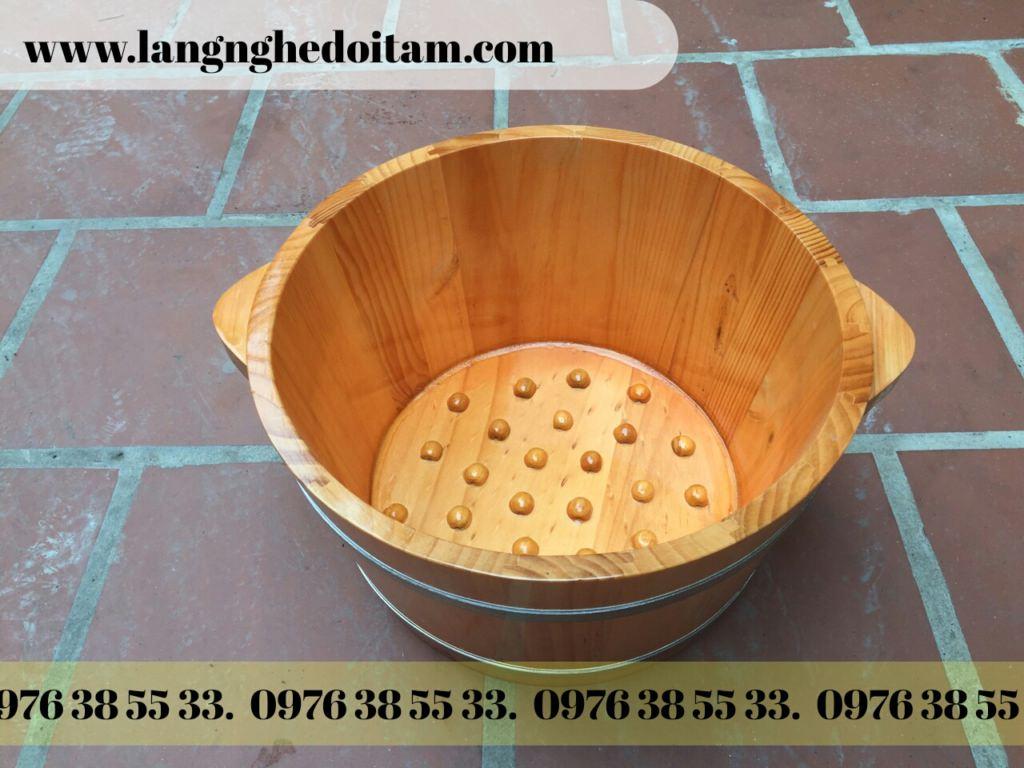 Chậu gỗ ngâm chân hạt massage
