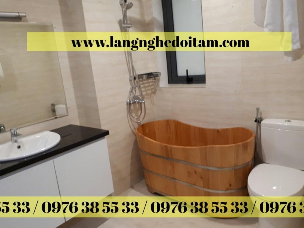 bán bồn tắm gỗ thông gỗ sồi gô pomu