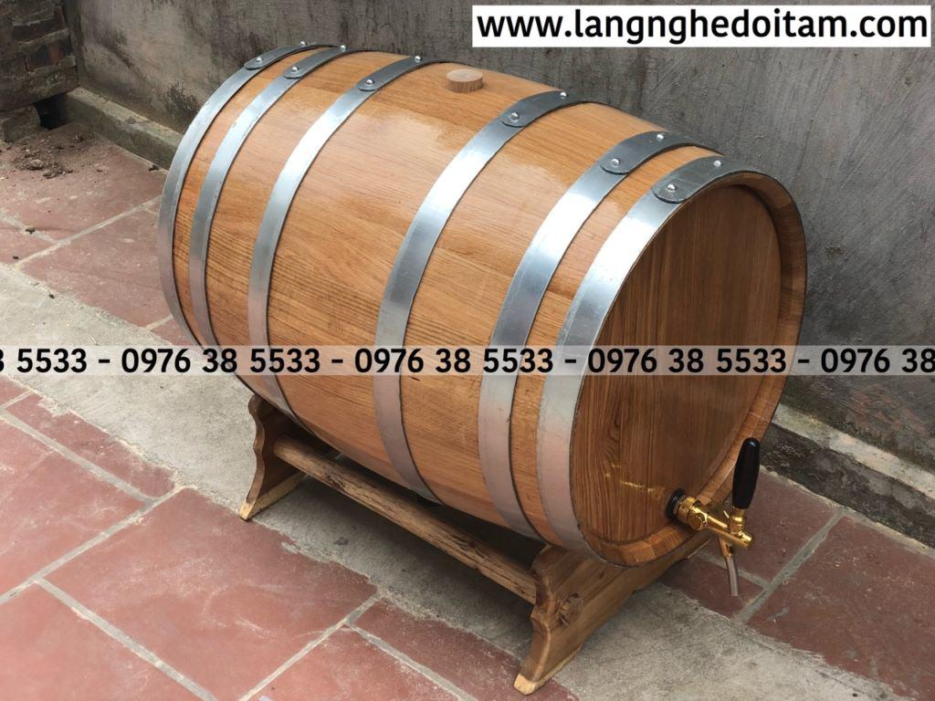 Chất liệu gỗ sồi nhập khẩu,bao quanh bên ngoài 6 đai mẹ kém chống rò rỉ