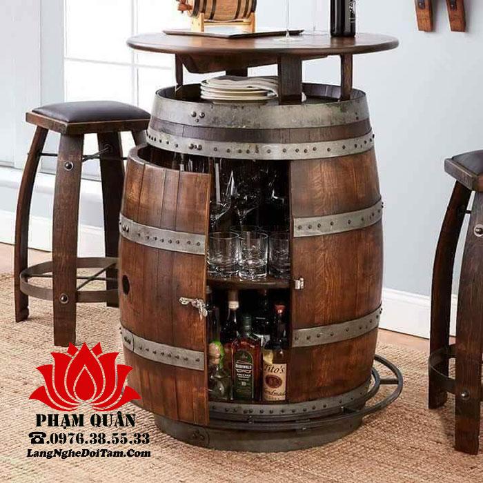 Thùng gỗ đụng rượu trang trí quán bar