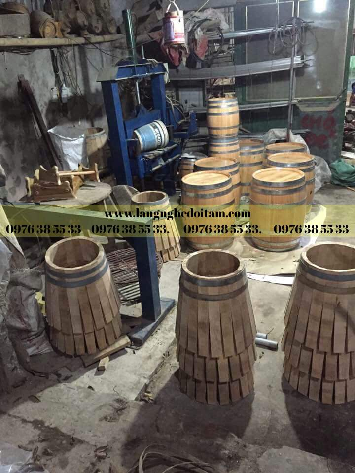 Cơ sở chuyên phân phối thùng rượu gỗ sồi
