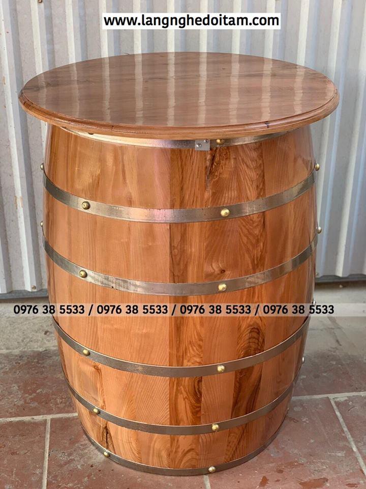 Thùng rượu trang trí quan bar chất liệu gỗ sồi, Thùng rượu đứng