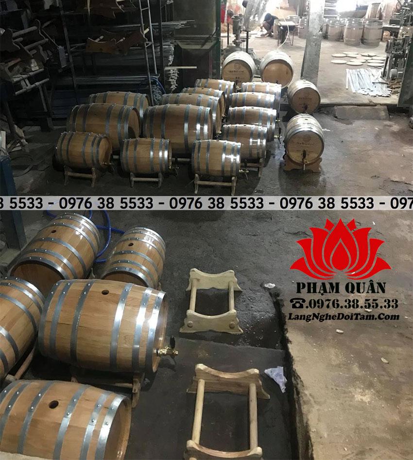 sơ sở đang hoàn thiện lô thùng rượu 20C cho khách ở Quảng NInh