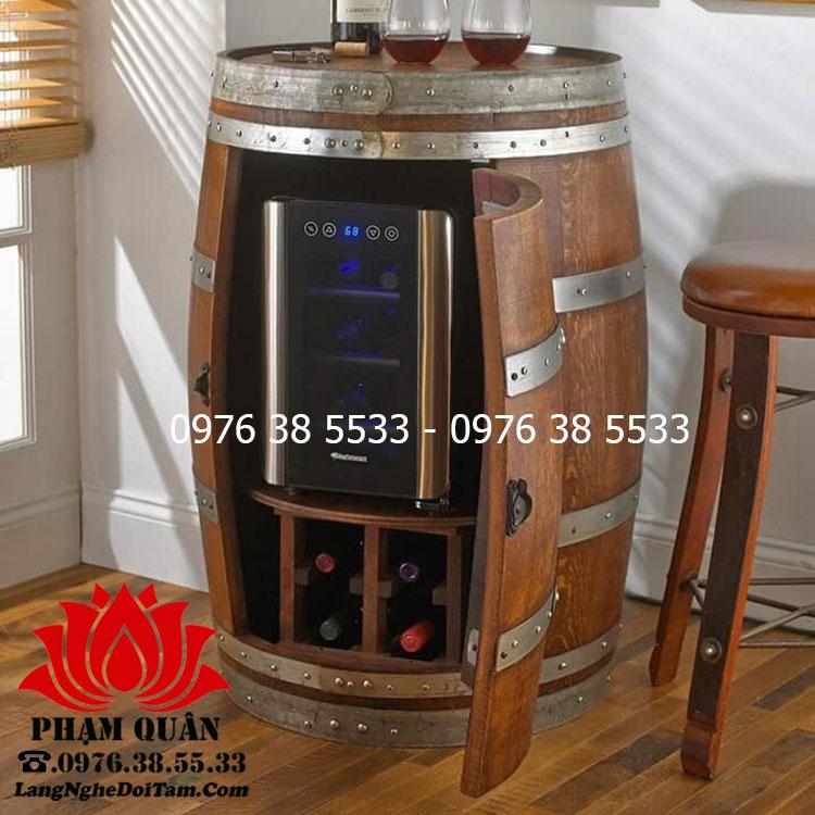 Thùng gỗ trang trí quán bar kết hợp đựng rượu bên trong thùng