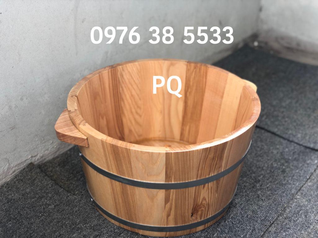 Chất liệu gỗ sồi nhập khẩu, bh 12 tháng