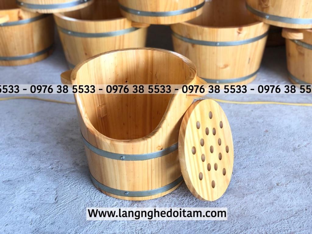 Thùng gỗ xông đầu dưỡng sinh chất liệu gỗ thông nhập khẩu