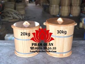 Thùng gạo bằng gô thông nhập