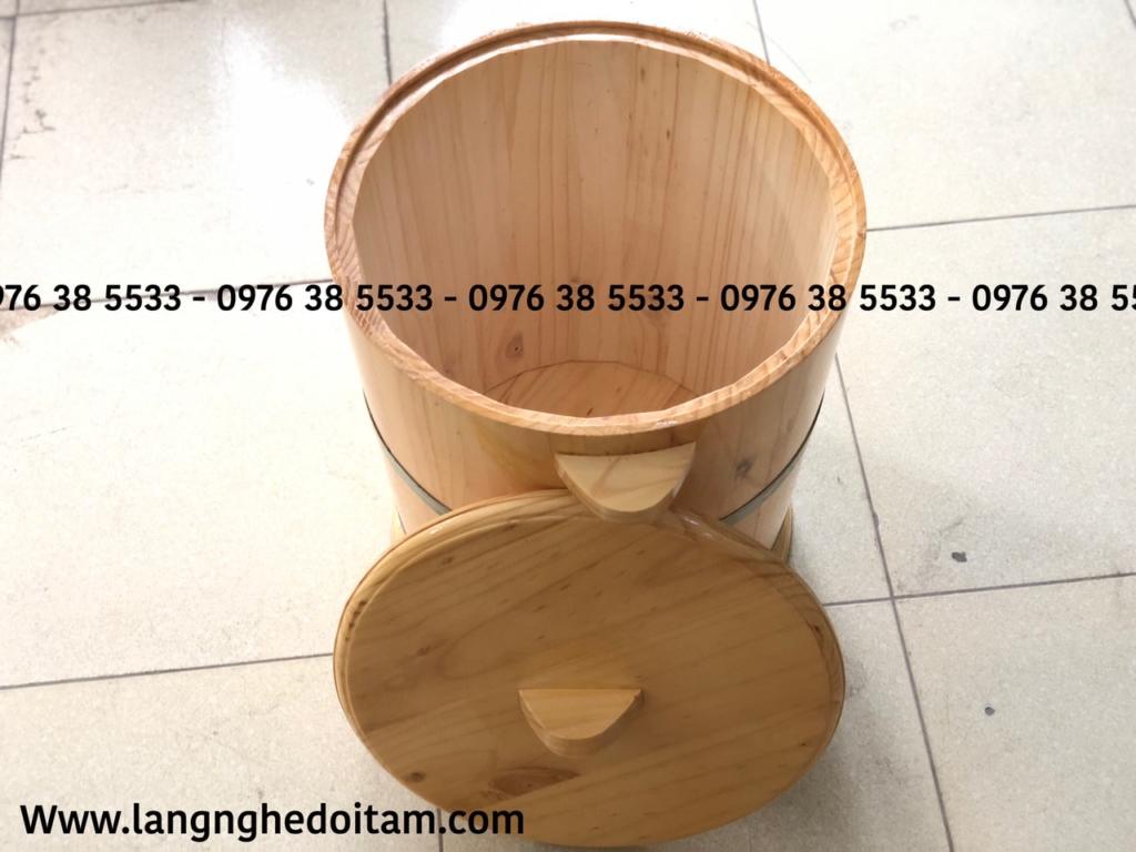 Bên trong thùng để mộc ko phun đảm bảo cho quý khách đựng gạo an toàn ko độc hại