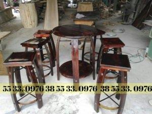 bàn ghế trang trí gỗ thông cao cấp