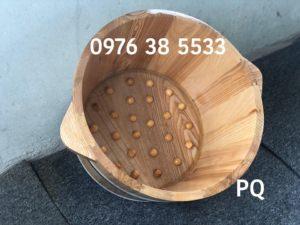 Chậu ngâm chân gỗ sồi hạt massage tại Hà Nội